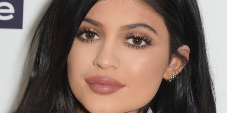 kylie lips.jpg